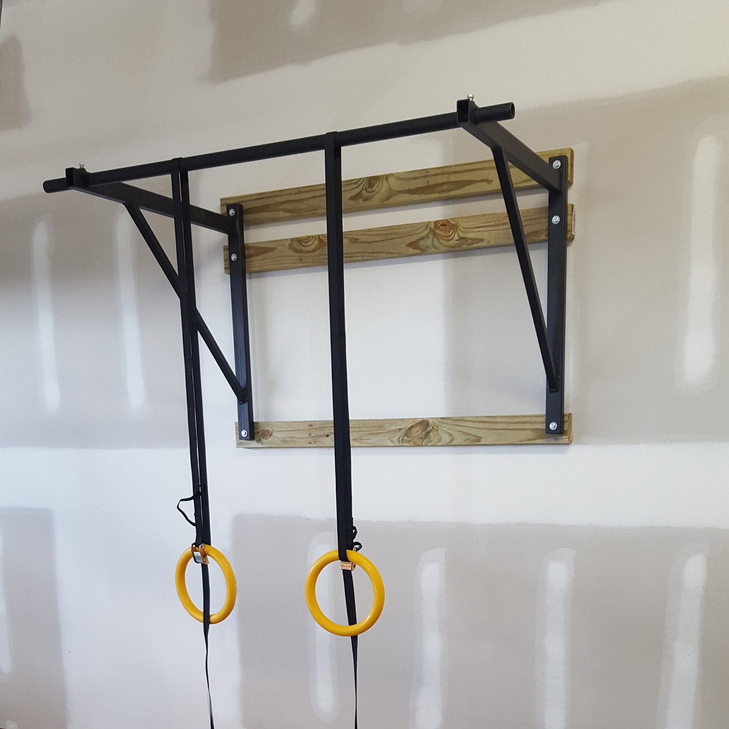 wall mounted pull up bars