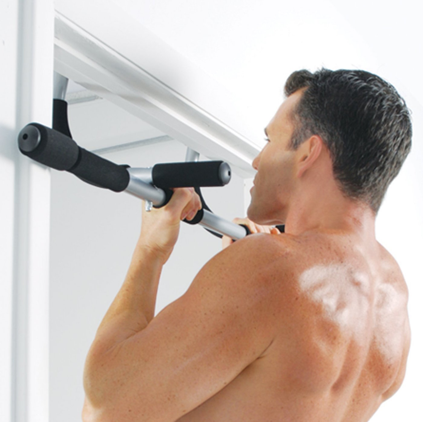 best door pull up bar